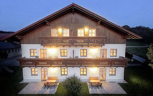 Nachtaufnahme Landhaus Altweck in Bayern